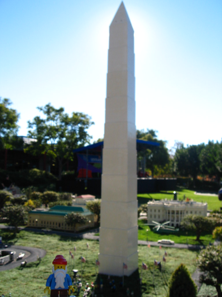 Lego Travelling Gnome At The Lego Washington Monument Flickr