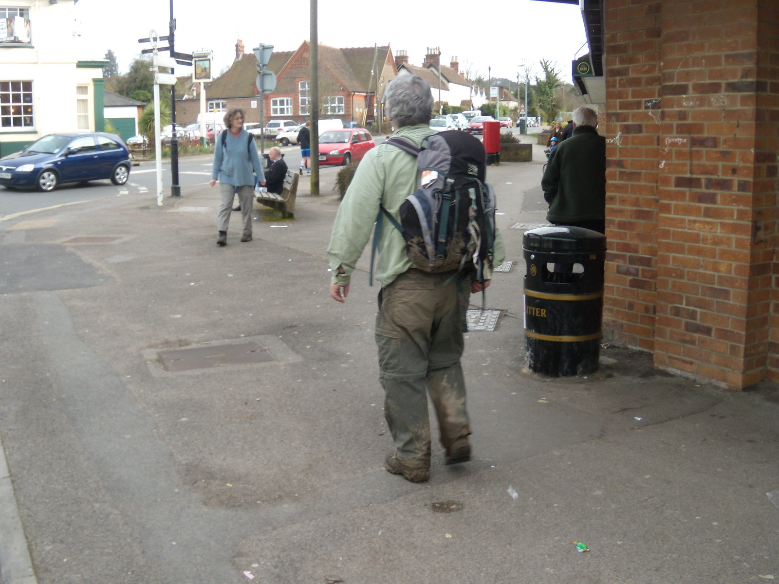Elegantly attired walker Petersfield to Liss