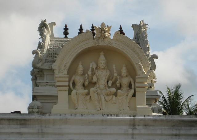 Valli Deivanai shrine