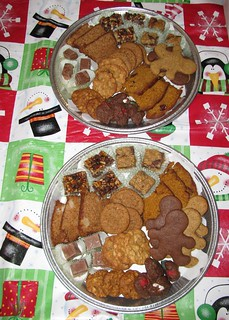Holiday Cookie Tray '08 | by thenkv