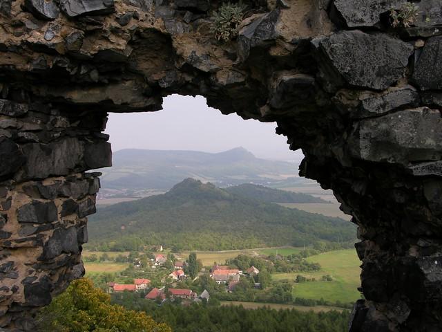 2005-09-10 Plešivec (477,2)+Třešňovka (414,0) z Hrádku