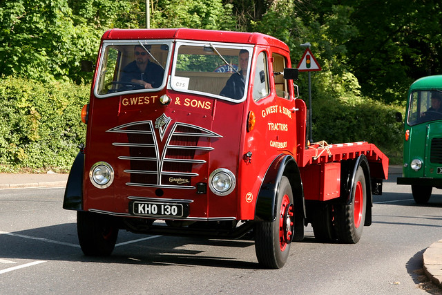 HCVS London to Brighton 2009 - 1952 Foden Flatbed Lorry (KHO 130)