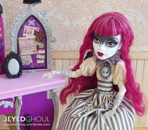 Victorian style dress for Ghost Girl | by threeeyedghoul