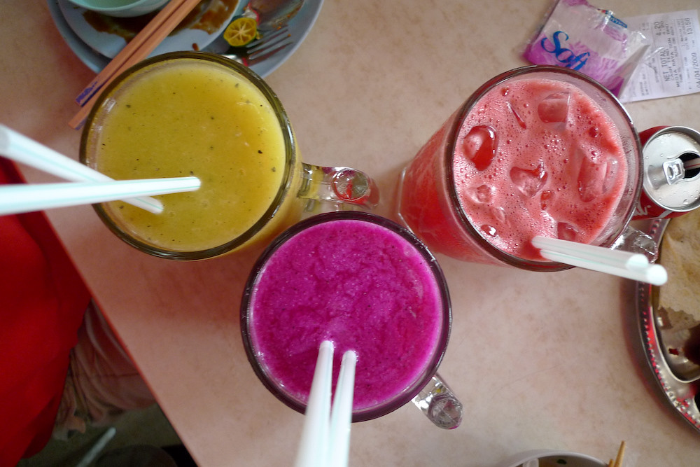 Awecome Tropical Fruit Shakes at Asia Cafe!