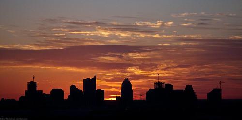 silhouette skyline sunrise buildings austin texas crane