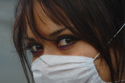 woman mexico mujer df mask explore mx influenza epidemia ciudaddemexico mex distritofederal facemask panico زن pandemic swineflu pandemia dflickr impfung cubrebocas ah1n1 dflickr260409 schweinegrippe pandemrix