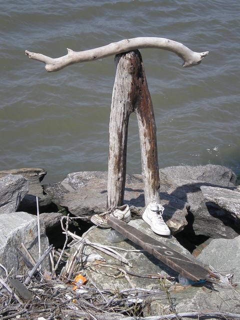 SKATEBOARDER - sculpture by Tom Loback