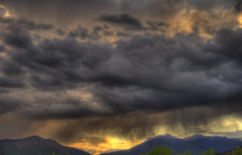 sunset arizona mountain storm rain clouds flagstaff peaks hdr photomatix pentaxk20d snaptweet