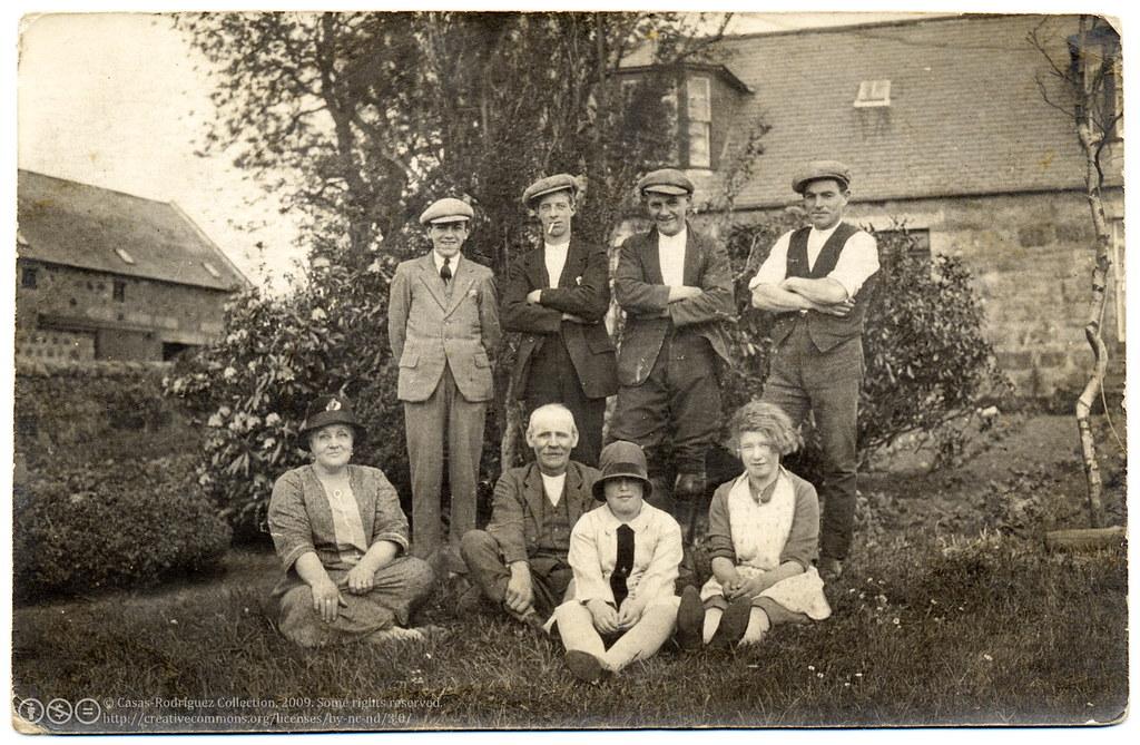 Family Portrait in the Garden (c.1922)