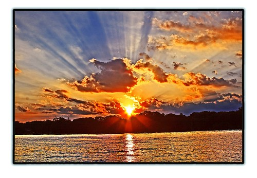 Ray of Light - Sunset   by CME FISH