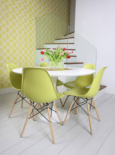 Saarinen Table Eames Eiffel Chairs From Apartment Therap Flickr