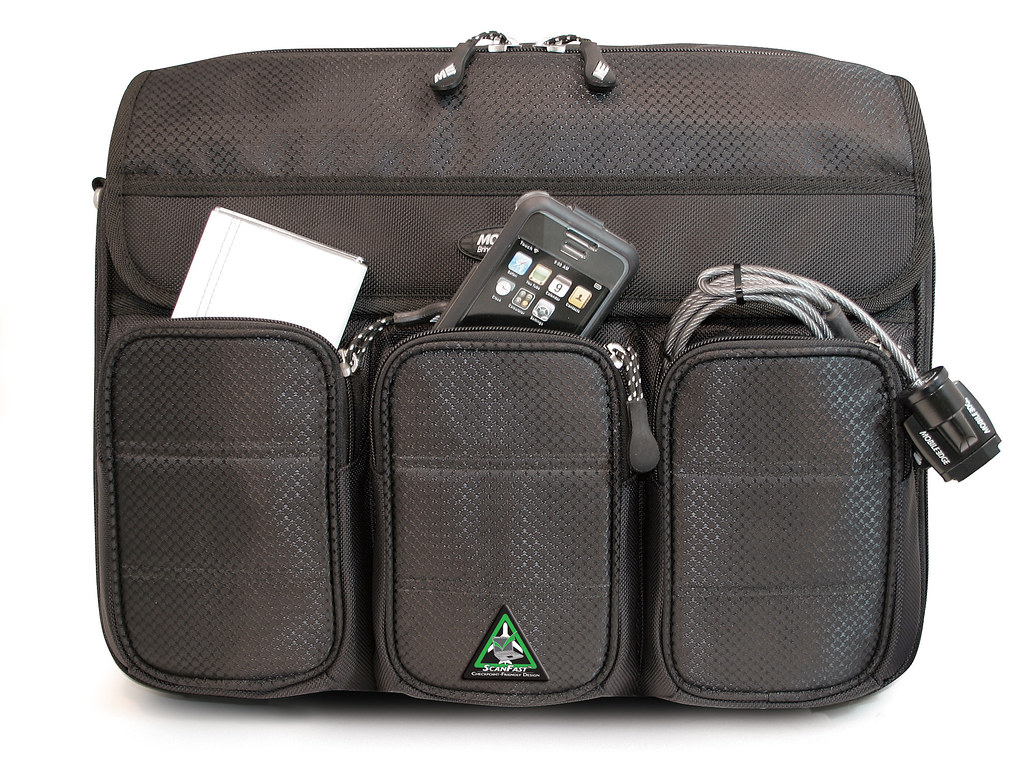 Mobile Edge ScanFast Messenger Bag
