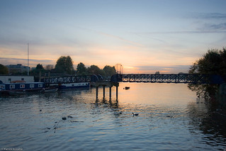 Twilight at the Dove river pier in Hammersmith | by Tobymutz