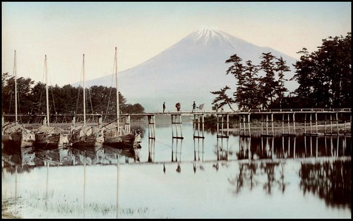 FOUR MEN ON A BRIDGE AT TAGONOURA in OLD JAPAN | by Okinawa Soba (Rob)