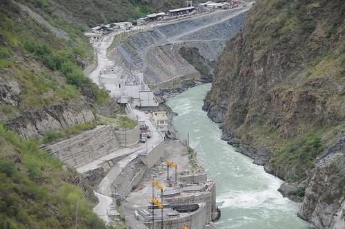 rivers uttaranchal waterbodies tehri geo:dir=2192 june2008 geo:lat=303720783333333 geo:lon=78474455 riverbasins kathiyagaon