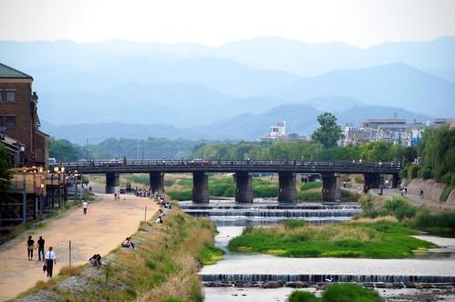 the kamo river, kyoto | by hopemeng