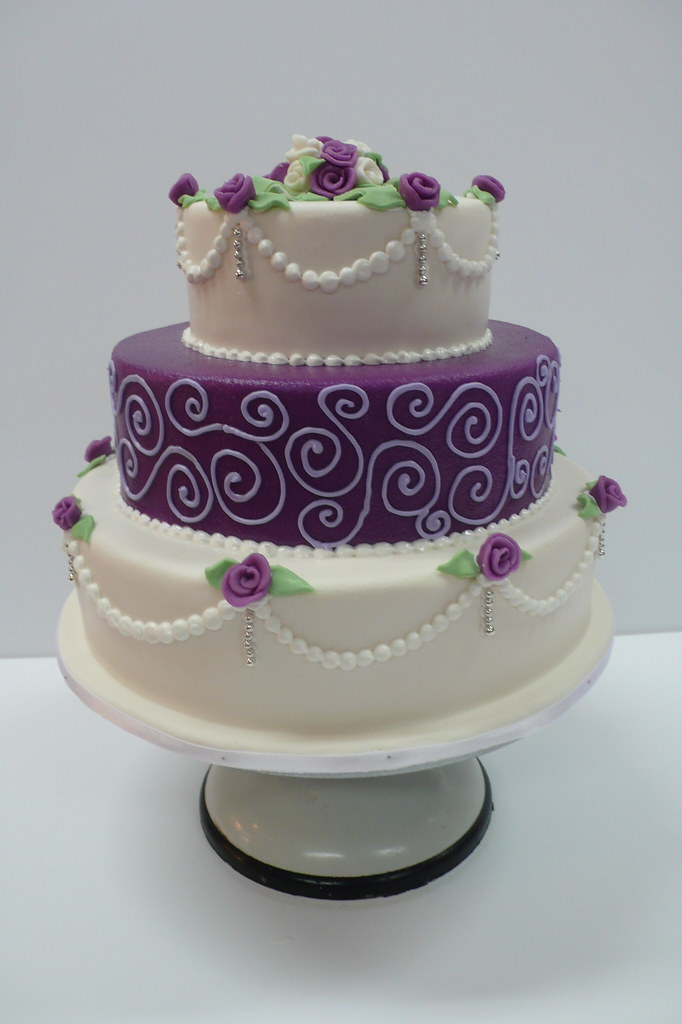 Classic Purple And White Wedding Cake With Marzipan Roses Flickr