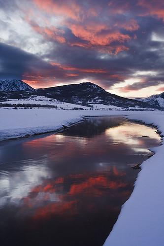 winter sunset reflection river utah wasatch huntsville pineviewreservoir ogdenvalley rorywallwork