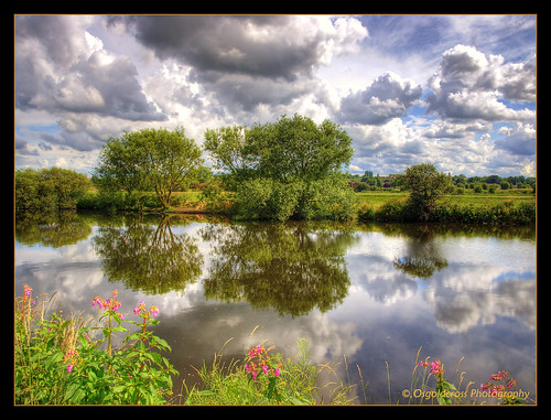 uk trees reflection clouds reflections river raw stormy olympus calder hdr westyorkshire castleford changeable 3xp rivercalder handheldhdr olympuse420 whitwood whitwoodmere