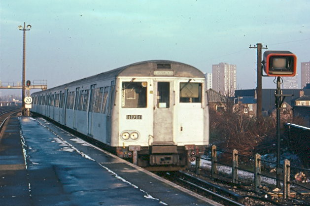 'A' Stock train on the East London Line at New Cross in 1987