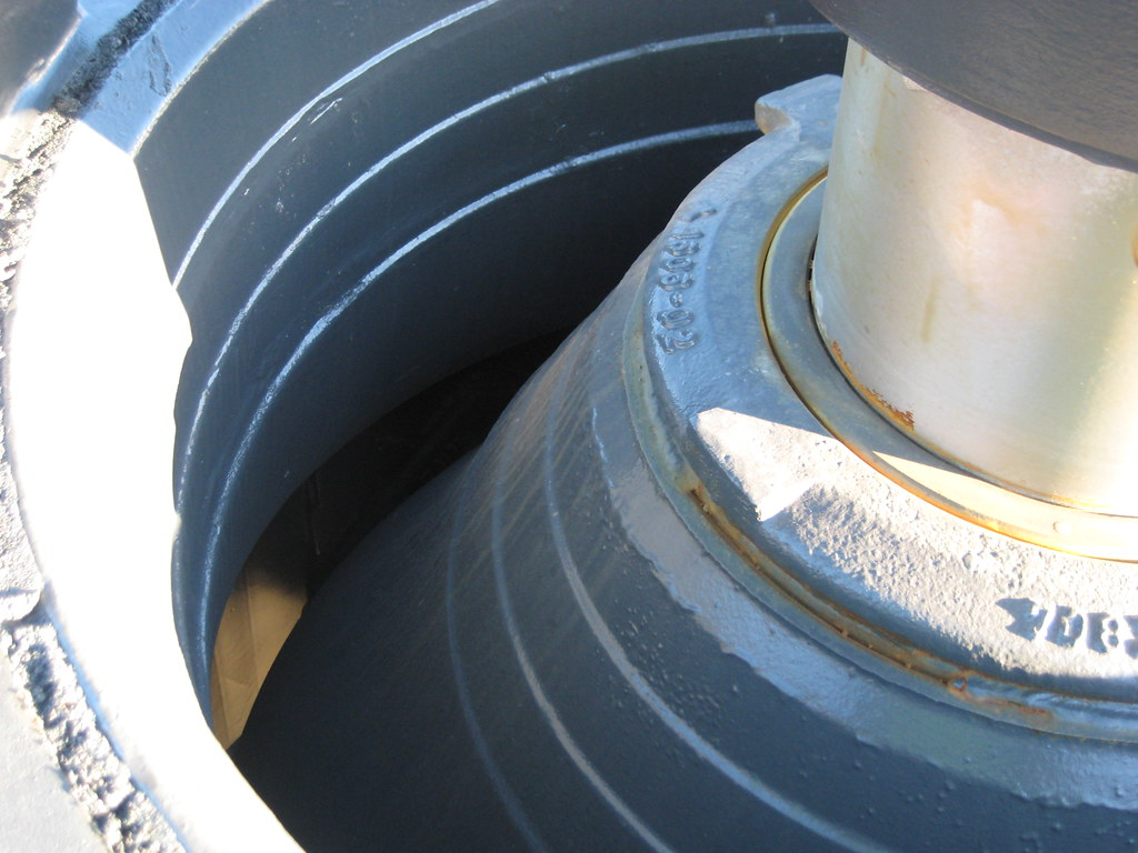 Cone crusher mantle and concave   Photo: Sandvik   Kelly