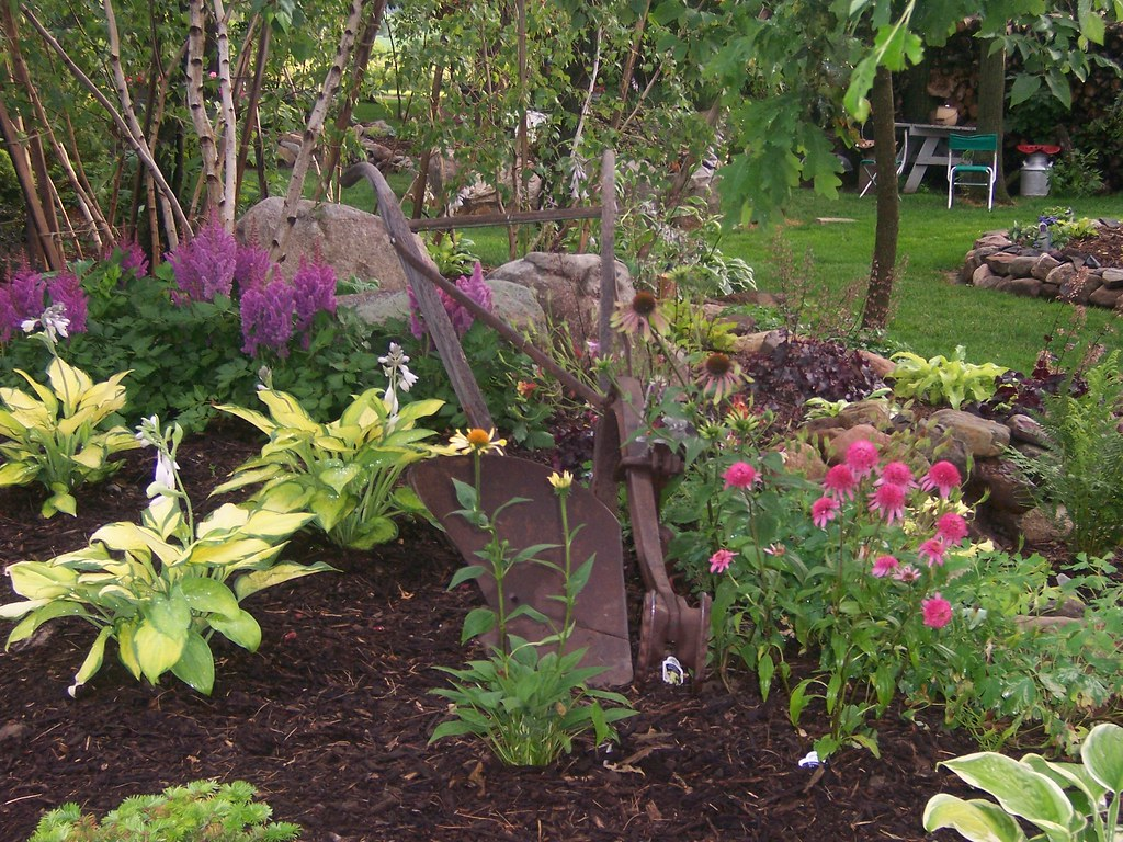 100 1631 Shade Garden Landscape Design Hosta Astible Gard Flickr