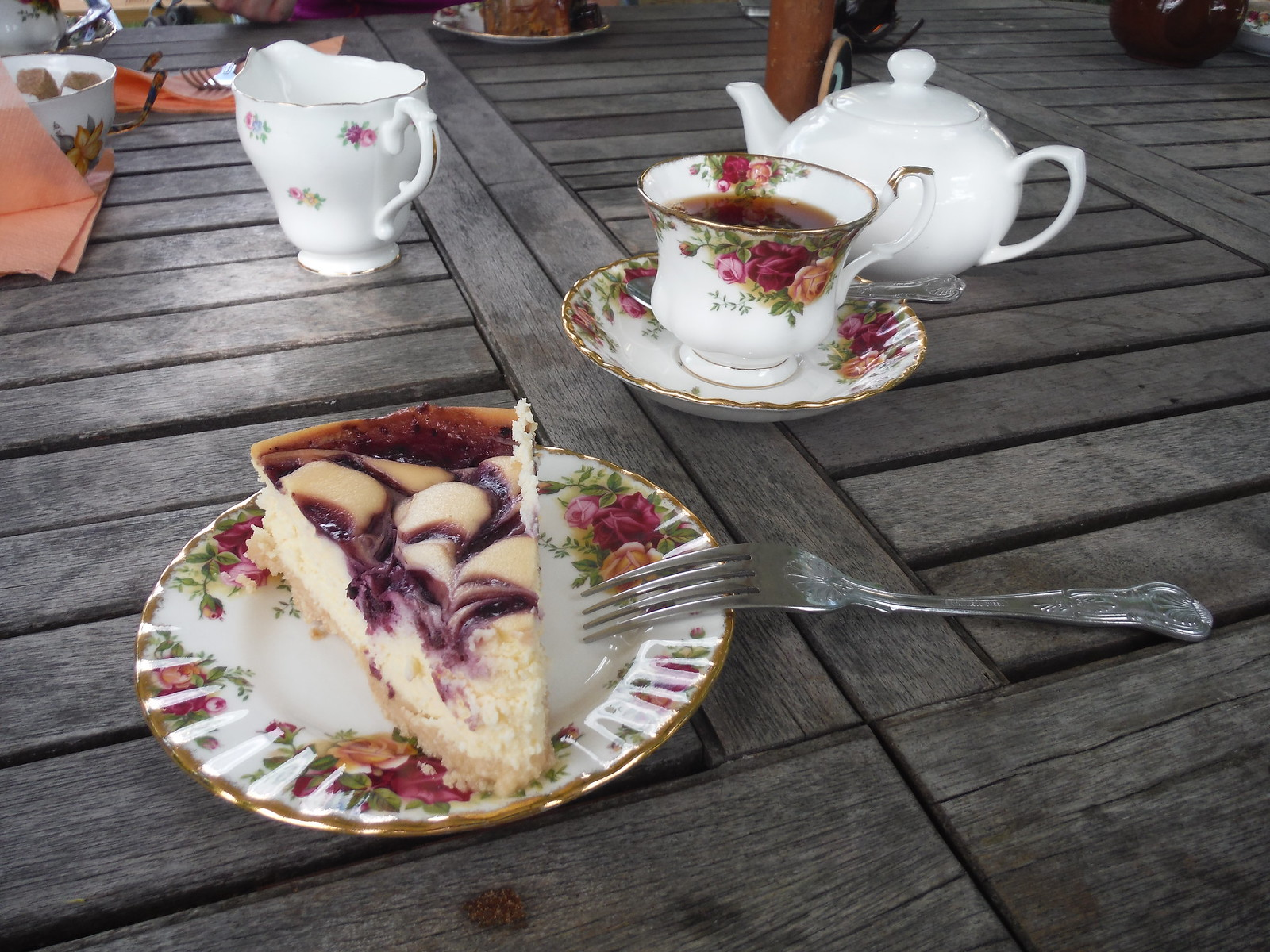 Oughtonhead Farm Garden Gate Tea Room SWC Walk 234 Hitchin Circular
