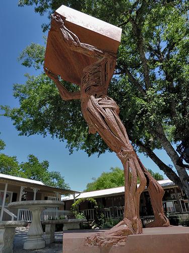 wimberley wimberleytx texas usa art artwork sculpture metal metalstatue outdoor statue street streetviews rusted rustedsculpture rust dnysmphotography dnysmsmugmugcom
