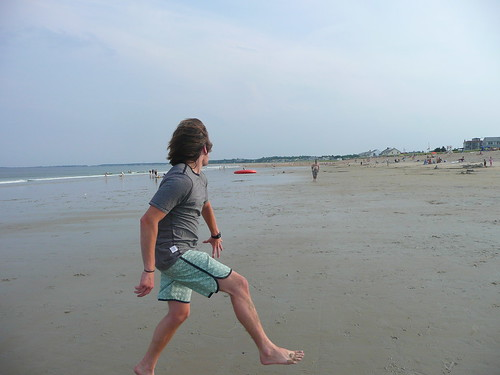 2009.217 . Beach Frisbee | by pipilo