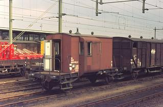 760429 36-27 Zutphen | by Gerard van Vliet