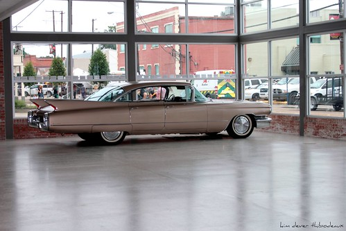 art classic car sedan vintage louisiana gallery display antique cadillac deville picnik canon28135mm canonef28135mmf3556isusm breauxbridge kimthibodeaux kimdeverthibodeaux kimincajuncountry