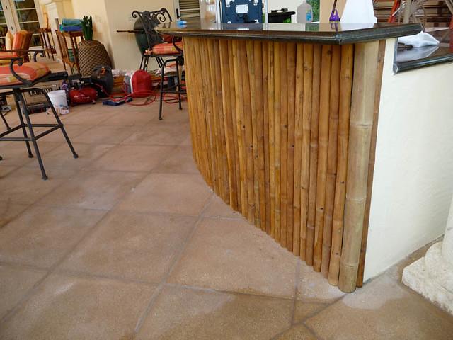 Custom Outdoor Bamboo Bar | Bamboo bar construction in outdo