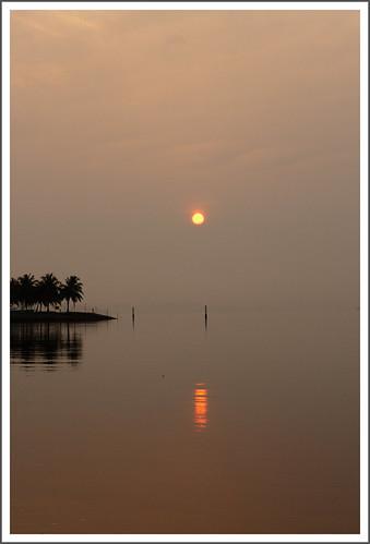 ocean morning sea sun reflection beach sunrise dawn still horizon spot daybreak stulang seagateo'neill