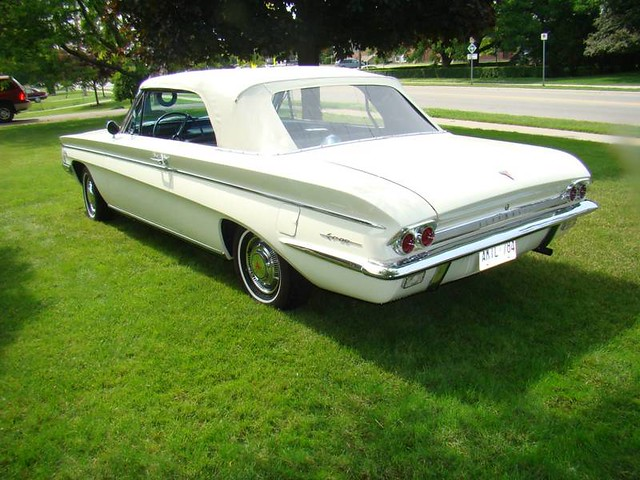 1962 Oldsmobile F85 Cutlass | Classic cars for sale in Londo… | Flickr