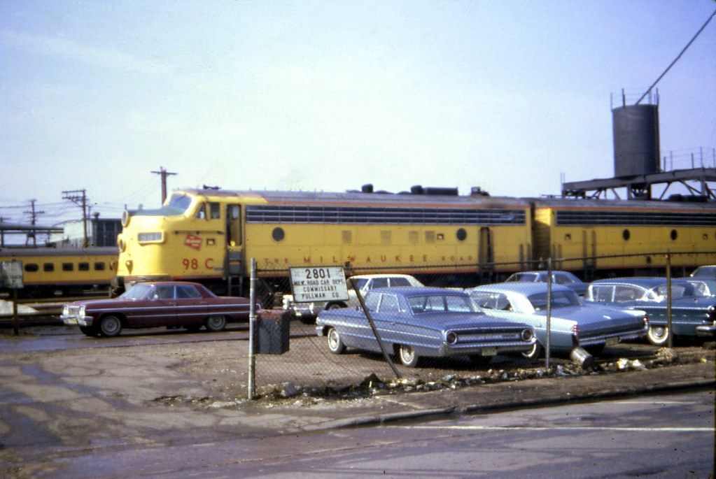 19670409 10 Milwaukee Road Railroad Chicago, IL