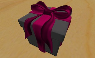 wow nice gift box by Marie Lauridsen | by ▓▒░ TORLEY ░▒▓