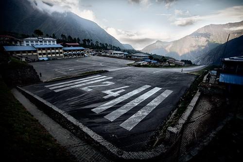 nepal mountains airport flickr hillary kathmandu np portfolio showcase himalayas lukla tenzing tfttf tfp tipsfromthetopfloor kumbu chrismarquardt topfloorproductions everesttrek2009