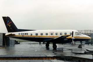 PH-FVB G-BKWB @ BRU 15 jan 1990 by J.Hetebrij