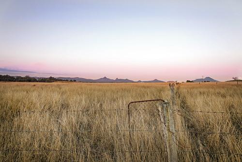 sunset mountains rural landscape dusk farm peakcrossing nikond800