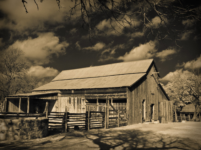 Sauer-Beckmann Farm Barn