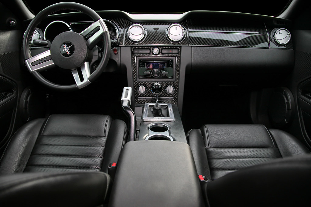 What Is Climate Control >> 2007 Mustang GT Interior | Just added a carbon fiber dash ...