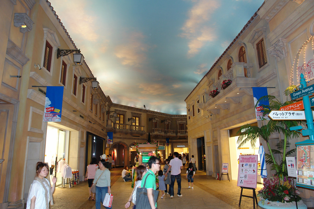 The Venus Fort Shopping Mall Casino Odaiba Tokyo Japa Flickr
