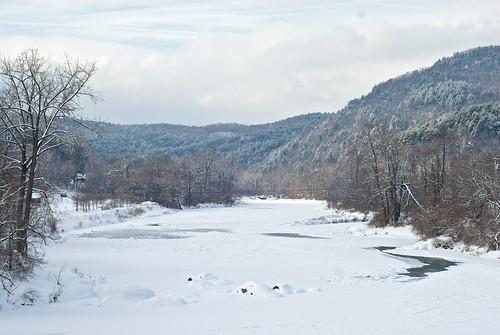 snow ice nikon vermont hills whiteriver d200 southroyalton 50mmf14nikkor