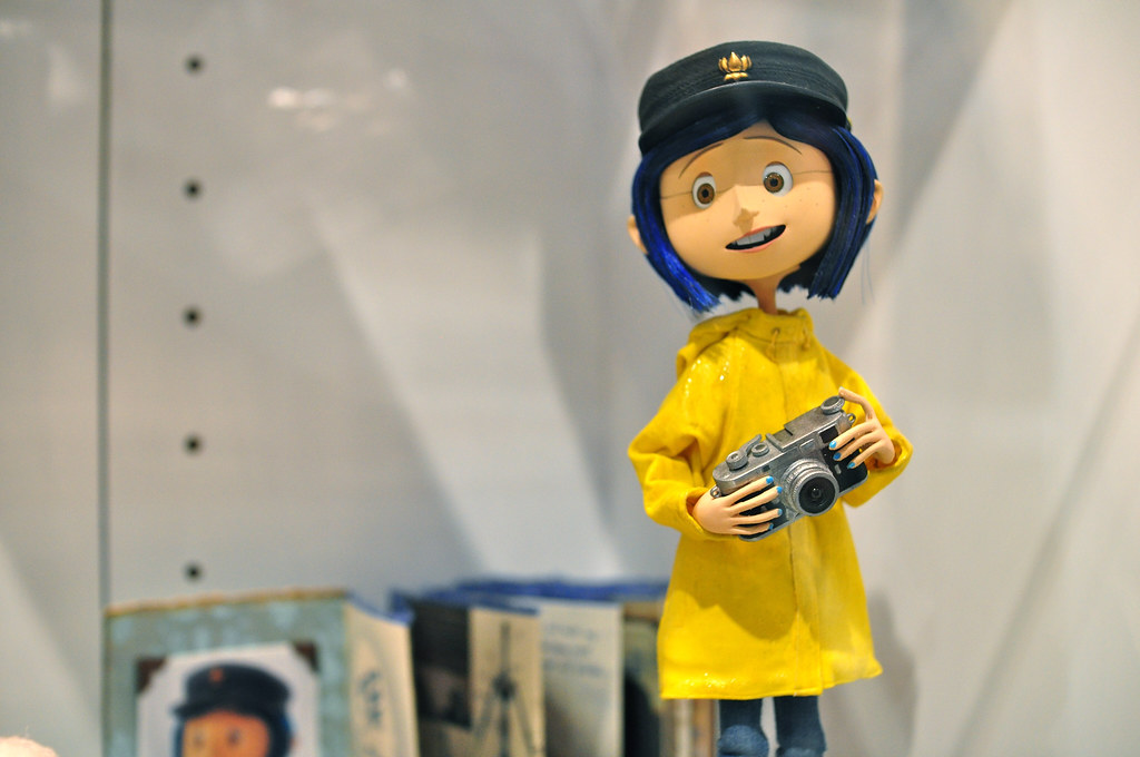 Yoworld Forums View Topic Help Me Out Find Coraline S Hat Edit