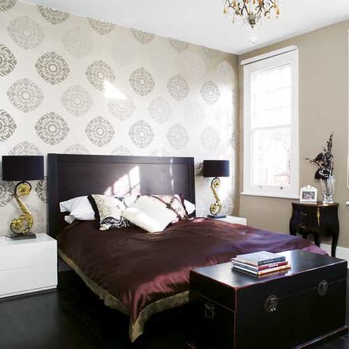 Modern wallpaper: Asian-inspired bedroom + luxe silk duvet… | Flickr