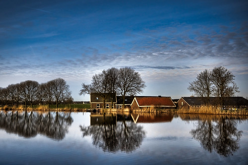 blue trees sky house reflection tree water amsterdam clouds reflections river landscape spring farm thenetherlands clear 1020mm outskirts amstel amstelveen downstream
