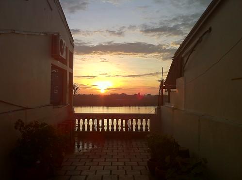 cameraphone sunrise cambodia phnompenh 金边