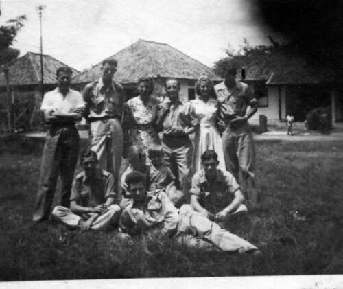 vrouwenkamp Tjideng , Batavia , Indonesië , augustus 1946