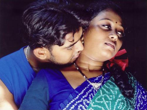Kadhal Kadhai Sexy Hot Tamil Movie 15