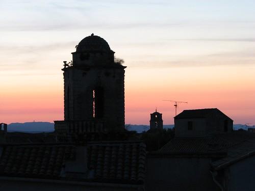 sky sunrise ciel arles ville leverdusoleil